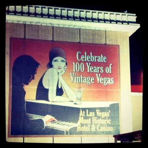 Vintage Vegas sign